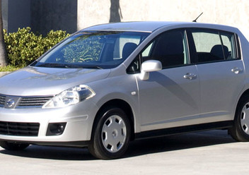 Pokrowce ochronne Nissan Tiida II